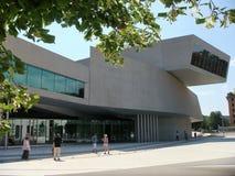 Estrutura branca moderna do museu moderno do Maxxi em Roma em Itália Imagens de Stock