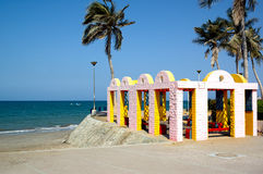 Estrutura colorida pela praia Fotos de Stock