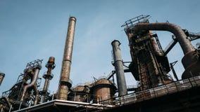 Estrutura de aço oxidada abandonada da fornalha Fotografia de Stock Royalty Free
