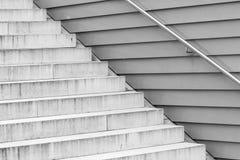 Estrutura de escadas concretas cinzentas imagens de stock royalty free
