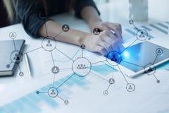 Estrutura de organização Rede do social do ` s dos povos Conceito do negócio e da tecnologia imagem de stock royalty free