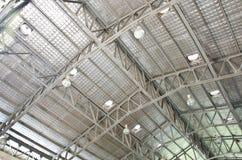 Estrutura de telhado de aço. Foto de Stock