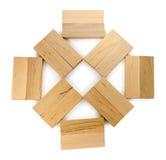 Estrutura de tijolos de madeira, olhares como a flor ou sol Fotos de Stock