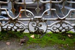 Estrutura decorativa do metal cinzento do vintage do balcão, com oxidação Foto de Stock