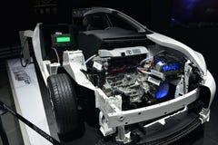 A estrutura interna do carro híbrido de encaixe do bar de Toyota imagens de stock