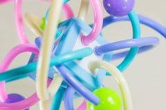 Estrutura muito colorida da molécula no fundo branco imagens de stock royalty free
