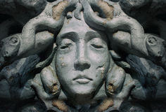 Estátua da cara da deusa do Medusa Fotografia de Stock Royalty Free