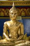 Estátua dourada de Buddha Imagens de Stock Royalty Free