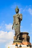 Estátua ereta grande de buddha Imagens de Stock