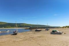 Estuario de Barmouth con marea baja Fotografía de archivo libre de regalías