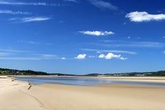 Estuario della Risonanza del fiume a Sandside, Cumbria Fotografia Stock