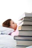 Estudando o estudante universitário caucasiano Imagens de Stock Royalty Free