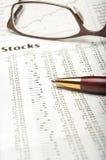 Estudando o mercado de valores de ação Imagem de Stock Royalty Free