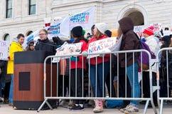 Estudante Activist Addresses Crowd na reunião Fotos de Stock Royalty Free