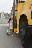 Estudante Boarding School Bus fotos de stock royalty free