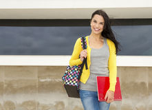 Estudante bonito e feliz imagens de stock royalty free