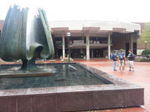 Estudante Center de Marshall Univesity Memorial Fountain e do memorial Imagem de Stock