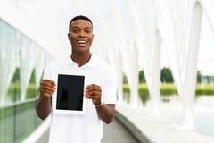 Estudante com tabuleta digital foto de stock