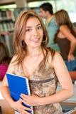 Estudante da biblioteca Imagem de Stock