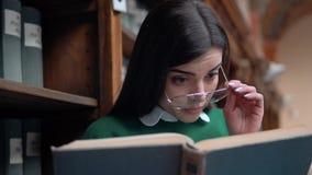 Estudante Gets Surprised filme
