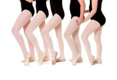 Estudante Legs do bailado no uníssono imagem de stock