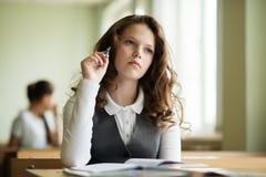 Estudante que espera o começo da lição Imagem de Stock Royalty Free
