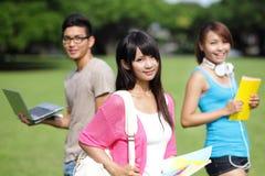 Estudante universitário feliz da menina Fotografia de Stock Royalty Free
