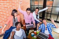 Estudantes criativos com as aspirações que têm o sucesso Imagem de Stock