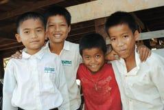 Estudantes da escola da vila Fotografia de Stock