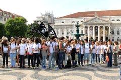 Estudantes em ragging no quadrado de Rossio, Lisboa Fotografia de Stock Royalty Free