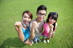 Estudantes felizes no terreno Imagem de Stock Royalty Free