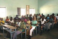 Estudantes francesas da visita em Burkina Faso Fotografia de Stock Royalty Free