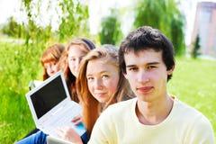 Estudantes no parque fotos de stock