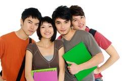 Estudantes novos asiáticos fotografia de stock