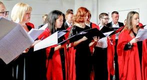 Estudantes que cantam na universidade do glaslow, scotland Imagem de Stock Royalty Free