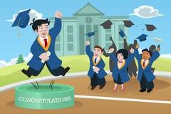 Estudantes que comemoram a graduação Imagens de Stock