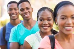 Estudantes universitário fora Fotos de Stock