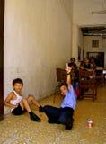 Estudantes vívidos da escola primária, Colômbia Foto de Stock
