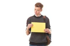 Estudiante adolescente con el papel en blanco Imagen de archivo