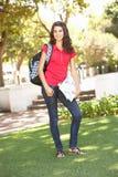 Estudiante adolescente femenino en parque Fotos de archivo libres de regalías