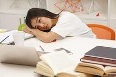 Estudiante asiático cansado Fotografía de archivo libre de regalías
