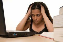 Estudiante cansado de estudiar Fotografía de archivo