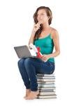 Estudiante con el netbook Imagen de archivo