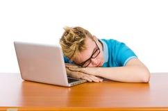 Estudiante con el ordenador portátil aislado en blanco Imagenes de archivo
