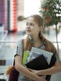 Estudiante de la belleza en campus Imagen de archivo