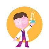 Estudiante del muchacho que estudia química Foto de archivo libre de regalías