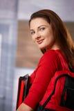 Estudiante en el pasillo de la escuela Imagen de archivo