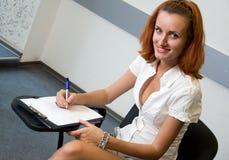 Estudiante en sala de clase Imagen de archivo libre de regalías
