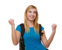 Estudiante feliz casual de la muchacha con el bolso que muestra la muestra de la mano del éxito Fotos de archivo