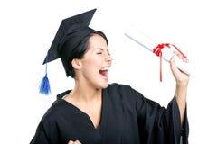 Estudiante feliz con el diploma fotografía de archivo